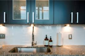 classic kitchen decorating ideas with white cabinet set and cool
