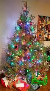 How To Trim A Real Christmas Tree - christmas tree keepsake ornaments kalamazoo candle