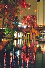 downtown san antonio christmas lights riverwalk san antonio decorated for christmas this is so amazing