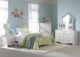 Youth Bedroom Furniture Stores by Kids Bedroom Furniture Sets Chicago Indianapolis The