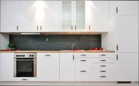 remplacer porte cuisine portes de cuisine ikea excellente porte cuisine cuisine en bois