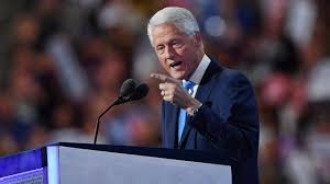 Bill Clinton Hometown by Hillary Clinton U0027s Hometown Rallies Around To Give Her Holiday Cheer