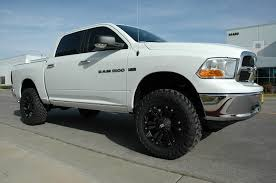 2012 dodge ram 2wd leveling kit lift kit 2009 2012 ram 1500 2wd 7 cst performance suspension