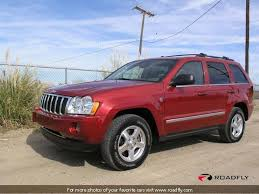 red jeep cherokee 2005 jeep grand cherokee limited big changes bring big smiles