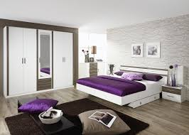 decoration chambre adulte deco chambre adulte contemporaine d c3 a9co motifs arl a9quin pois