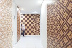tokyo google office non residential 21 wood grain wallpaper google s tokyo presence