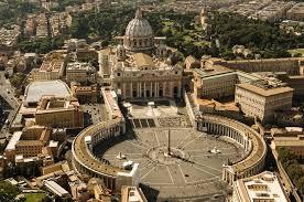chi ha progettato la cupola di san pietro san pietro in vaticano le origini della basilica e la sua storia