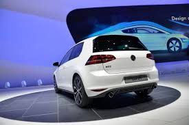 volkswagen golf gti 2014 new vw golf gti mk7 live photos from geneva and first promo video