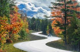 Fantastic fall scenic drives in michigan michigan