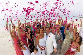 how much is a destination wedding destination wedding etiquette dos and don ts