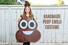 how to make a emoji costume for kids easy diy halloween
