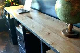 bureau metal bois table bois et metal table basse industrielle matal chane table ronde