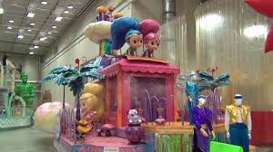 get a sneak peak at thanksgiving day parade floats nbc new york