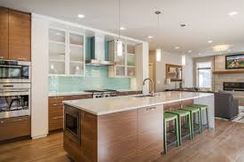 Maple Kitchen Cabinet Ideas For Updating Maple Kitchen To Modern Look