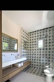 Tapis De Salle De Bain Gris by 241 Best Salle De Bain Images On Pinterest Room Bathroom Ideas