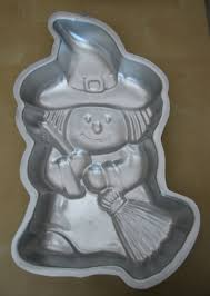 Halloween Cake Cutters Cookie Cutter Corner And Cake Pans Too Wilton Little Witch