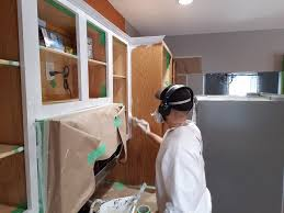 what paint works best on kitchen cabinets 4 best primers for kitchen cabinets number 1 is guaranteed