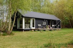 modern prefab cabin modern prefab cottages paint awesome house beautiful modern