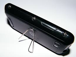 make a diy phone stand using just a paper clip 0 2min mobile