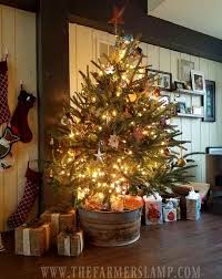 fashioned christmas tree 7 decorating ideas for an fashioned christmas
