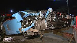 lamborghini gallardo for sale toronto lamborghini driver escapes in a bmw after crashing in toronto