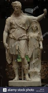 roman art statue of dionysos leaning on a female figure