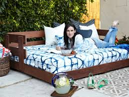 Outdoor Daybed Mattress Build A Lounge Worthy Outdoor Daybed How Tos Diy
