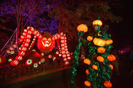 dollywood christmas lights 2017 dollywood great pumpkin luminights aglow in elation lighting plsn