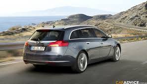 vauxhall insignia sports tourer variant photos 1 of 8