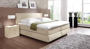 Schlafzimmer Beige Rot Uncategorized Kühles Schlafzimmer Grau Weiss Beige Ebenfalls