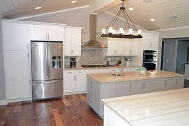 cuisine fonctionnelle cuisine fonctionnelle petit espace maison design bahbe com