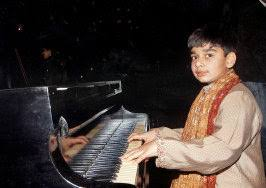 Blind Piano Player Youngest Piano Player In India In Limca Book Of Records