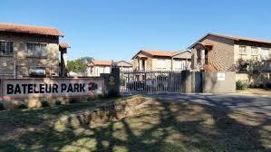Wohnung Zu Kaufen 3 Zimmer Wohnung Zum Verkaufen In Rustenburg Südafrika 120437