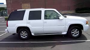 2000 cadillac escalade interior 1999 cadillac escalade for sale chicago clean white 99 2000