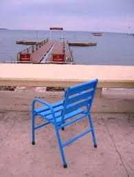 chaises cann es la chaise bleue sur la croisette chaisebleue croisette cannes
