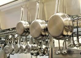 ustensiles de cuisine en inox trucs et astuces pour l entretien des casseroles en inox aufoyer