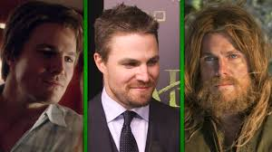 exclusive u0027arrow u0027 stars weigh in on oliver queen u0027s ever changing