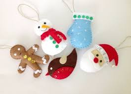 Christmas Decorations To Make Yourself - christmas crafts 30 diy christmas decorations ideas from felt