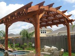 How To Build Your Own Pergola by Best 25 Curved Pergola Ideas On Pinterest Backyard Kitchen