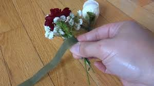 how to make wrist corsages how to make a wrist corsage with pictures wikihow