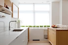 designer suchi reddy deployed a kitchen system and rolling island
