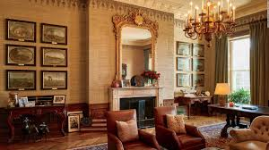 oval office tour look inside the obamas u0027 private living quarters cnn style
