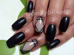 cloudyblooms coffin shaped matte black nails