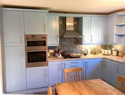 spray painting kitchen cabinets edinburgh made to measure replacement kitchen doors spray painting