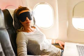 Next Thing You Know She Hit The Floor 13 Things Your Flight Attendant Won U0027t Tell You Reader U0027s Digest