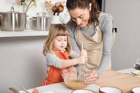 cours de cuisine parent enfant des enfants aux fourneaux pour manger mieux myparenthèse
