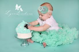 lexi u2013 massachusetts one year old birthday cake portrait photographer
