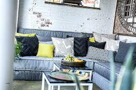 coussin pour canap gris canape inspirational canapé avec gros coussins high resolution