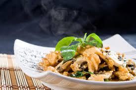 recette cuisine au wok cuisine au wok 10 conseils pour réussir votre recette chinoise