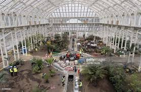 Largest Botanical Garden Work Progresses Inside The Temperate House The Largest Surviving